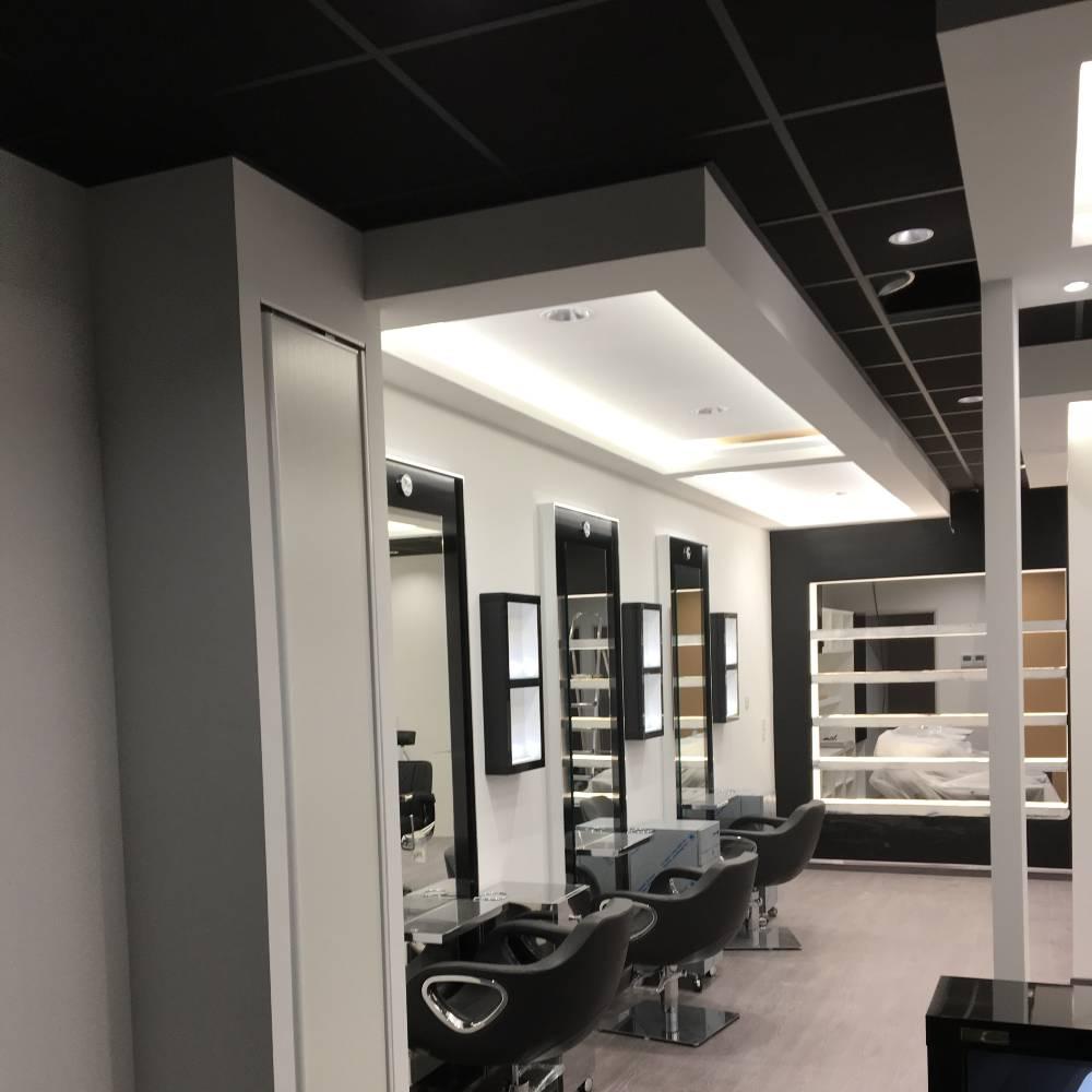 LCV PLAQUES 83 - Portfolio - Aménagement salon de coiffure